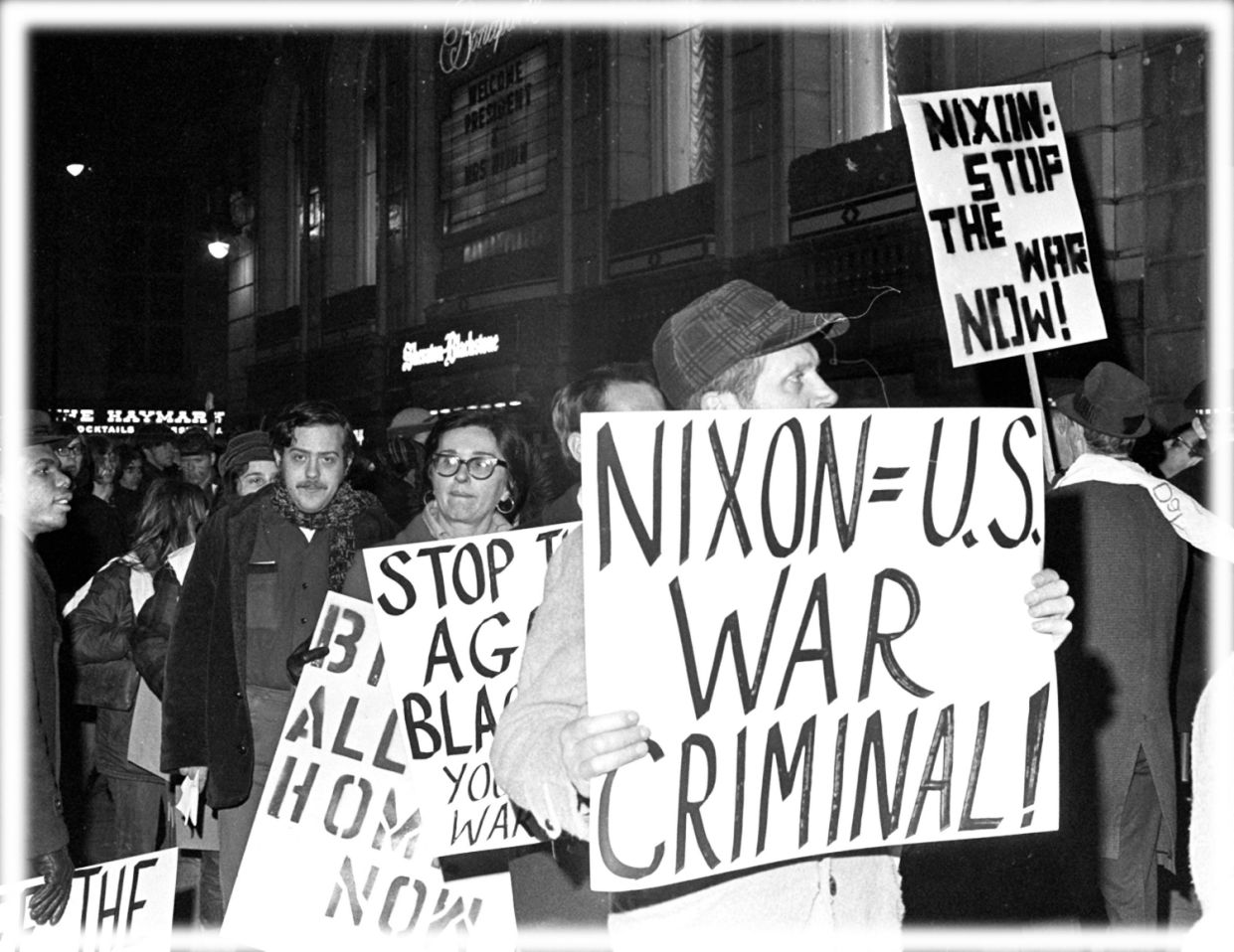 Nixon protesters gather outside Chicago's Blackstone Hotel, Feb. 5, 1970. (Photo: AP; digitally enhanced by Yahoo News)