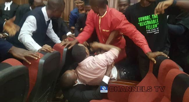 DSS Attempt To Re-Arrest Sowore Inside Courtroom